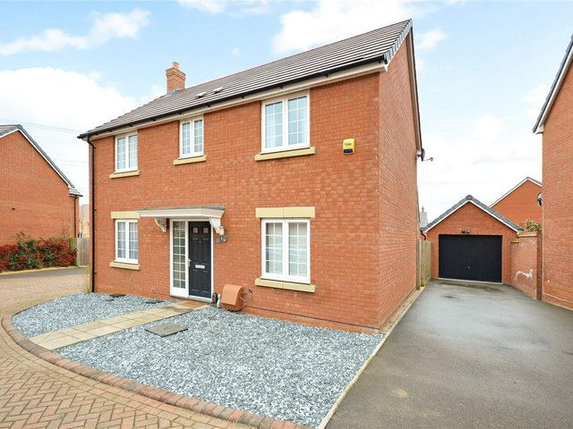 A well presented four bedroom detached family home.